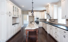 3402 Lewis Rd Newtown Square-large-010-Kitchen-1499×1000-72dpi