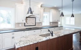 3402 Lewis Rd Newtown Square-large-015-KItchen-1499×1000-72dpi